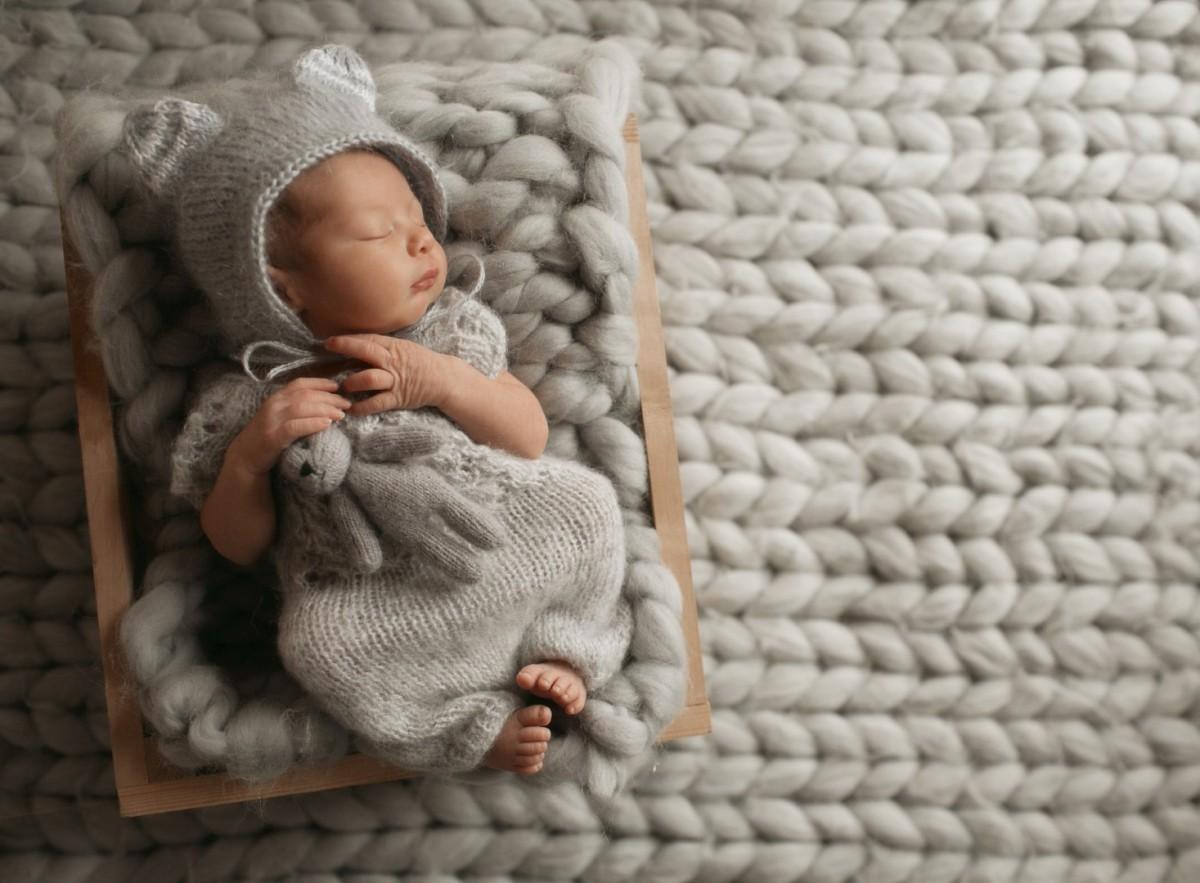 Oda Sıcaklığına Göre Bebekler Nasıl Giydirilmeli?